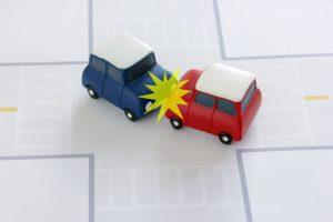 【群馬】軽自動車とワゴン車衝突 87歳女性死亡