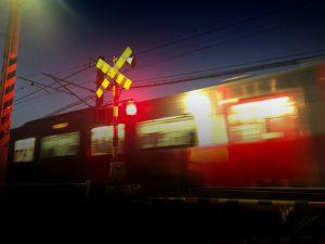 【今治市】ミニバイクの乗っていた71歳男性 特急列車と衝突