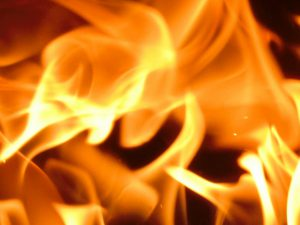 【世田谷区】マンション火災 105歳女性死亡か