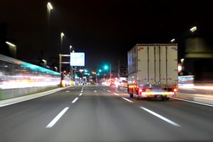 【神奈川】74歳女性圏央道に侵入 トラックにはねられ死亡