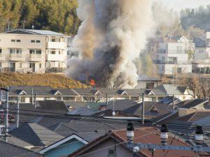 三重津市倉庫火災 焼け跡から遺体 87歳男性か