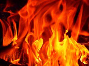 【千葉】若葉区で住宅で火事 80代の女性が行方不明