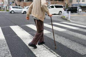 高齢者の「乱横断」事故増加 歩行者も重大過失は立件