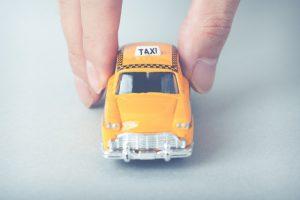 タクシー運転手がオレオレ詐欺を見破る 20歳男逮捕