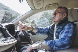 高齢ドライバーの交通死亡事故の原因 「自信と過信」