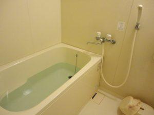 高齢者の入浴事故 熱中症が8割、ヒートショックが1割未満