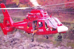 消防ヘリで救助活動中、70代高齢女性が40m落下し心配停止