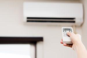高齢者の熱中症調査で44%が冷房控える「暑くても我慢」
