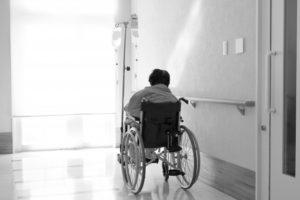 高齢者の介護移住問題 住所地特例制度の改正が必要か