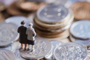揺れる【在職老齢老齢年金】 月47万円の現状維持が強まる
