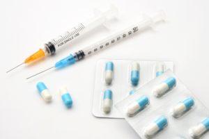 新型コロナワクチン 高齢者らは無料 政府検討
